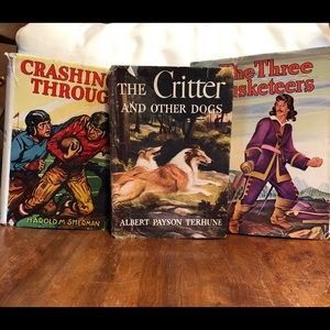 VTG set classic books, Musketeers, Football, Dogs